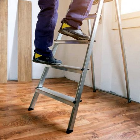 Best Step Ladder for Home and Commercial Use 2020